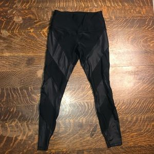 SMALL RBX BLACK LEGGINGS